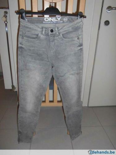 damesjeans merk ONLY (maat 26/30)