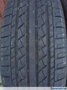 4 CHAMPIRO GT RADIAL VP1 195 60 15 SUMMER TIRE PNEU ETE 80% LEFT