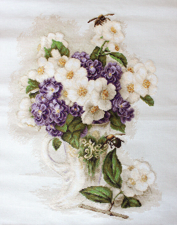"""Counted Cross Stitch Kit Luca-S B512 - """"Vase with jasmine"""""""