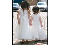 Beautiful ivory childrens flowergirl/bridesmaid dresses by linzi Jay size 1/2 and size 3/4