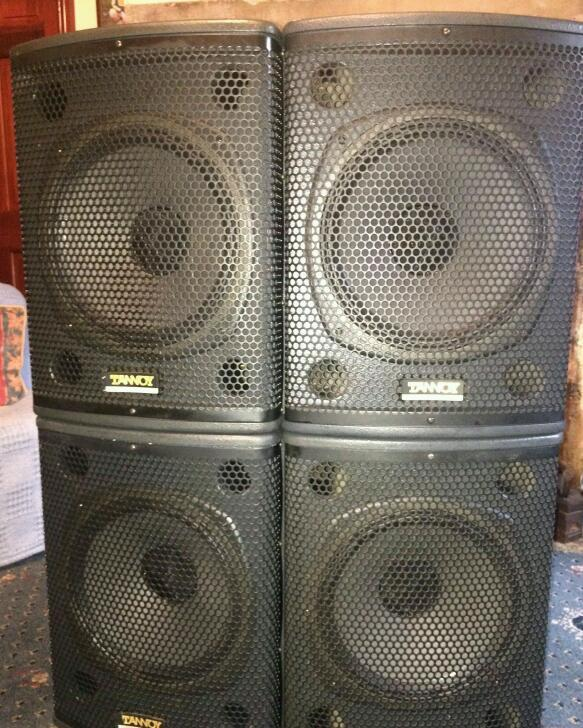 Tannoy Professional I12 Pa Speakers In Bradford West