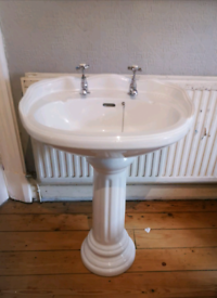 Beautiful vintage Sink with taps