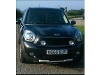 Black Mini Countryman 1.6 Petrol Immaculate