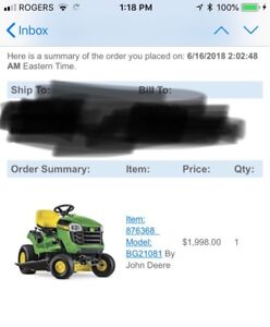 Like New, John Deere Lawn Tractor (riding mower)