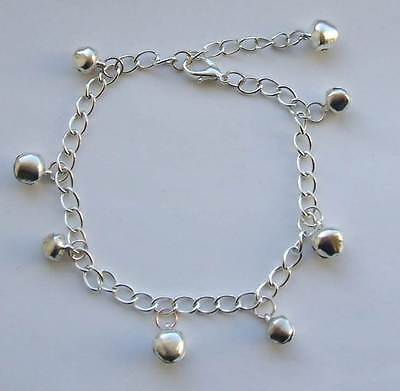 Jingle Bell Armband (Jingle Bell Charm  Bracelet or Anklet)