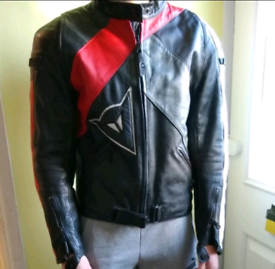 Genuine Dianese leather motorcycle jacket size small 44