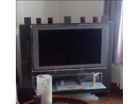 Almarda TV stand