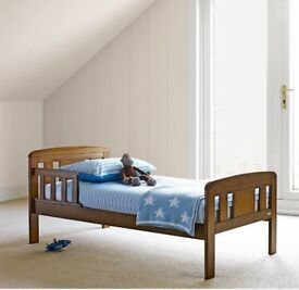 Quick Sale Like New Wooden Baby Rocking Crib Cot Excellent In
