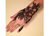 Experienced henna artist (dark color guarantee) illford, bond st, Hammersmith & other part of London