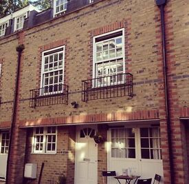 Fully furnished room to rent in lovely mews house in Kilburn!