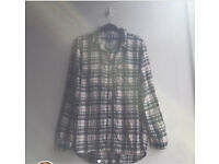Men's flannel medium size Gap