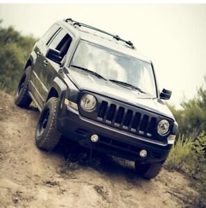 2014 jeep patriot sport Low Km!!