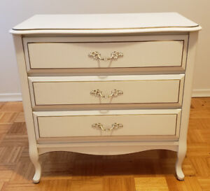 White French Provincial Style 3-Drawer Dresser