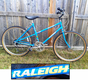 """Smooth Riding Experience! RALEIGH 12 Spd, 26"""" Tires"""
