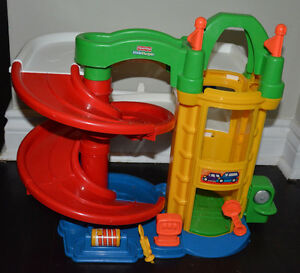 Car ramps kijiji free classifieds in ontario find a - Fisher price little people racin ramps garage ...