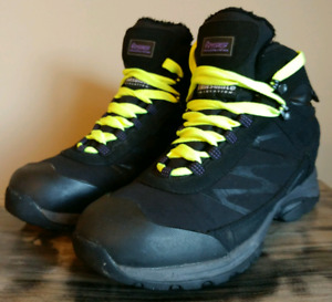 Mens Size 8/9 Winter Athletic Shoes