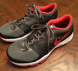 New - 2 Size 13 Mens Sneakers Nike and New Balance $120 Firm Cambridge Kitchener Area image 2