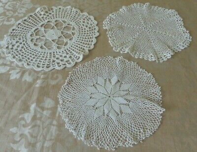 Vintage Fine crochet white coloured circular tray dressing table cloth mats