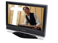 panasonic tx26lmd70a . lcd tv. goood condition. free view build in