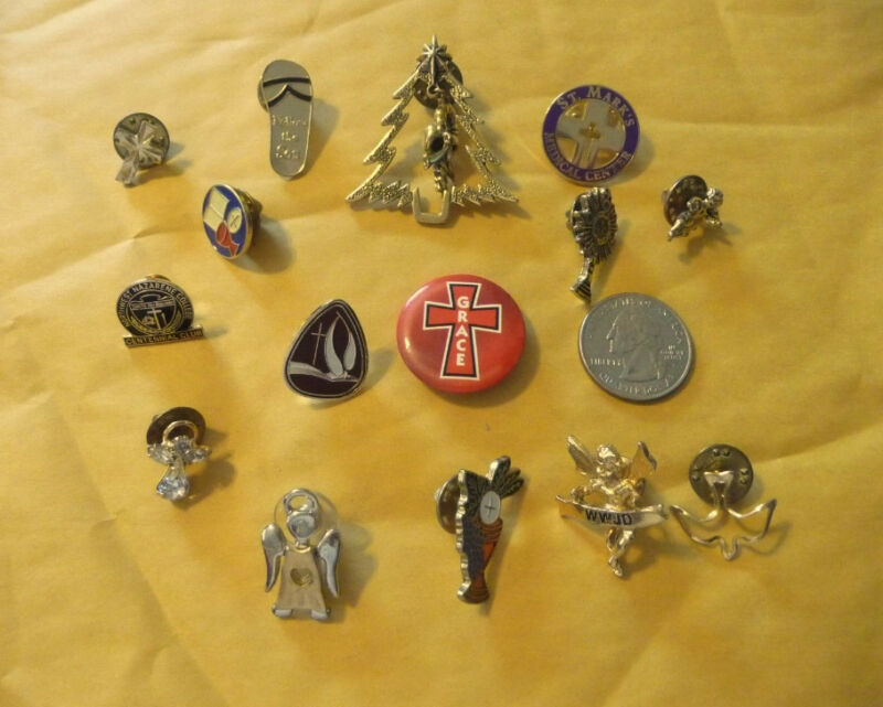 Vintage Religious Holy brooches & pins--lot of 15..#B