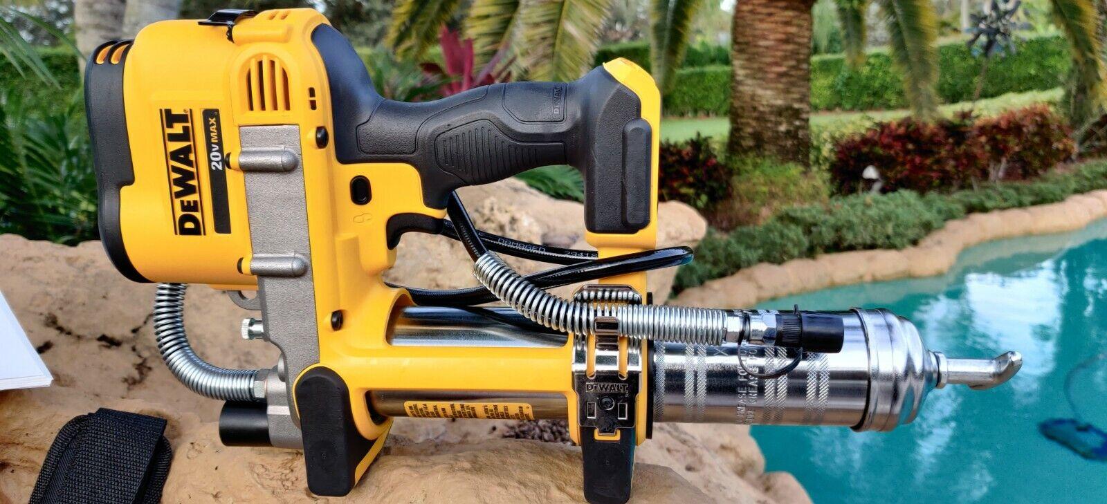 DeWalt 20V MAX Lithium Ion Grease Gun DCGG571B (Bare Tool)