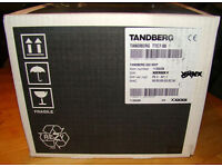 Tandberg Codec 880MXP TTC7-08 Video Conference with AT871R UniPlate Brand New