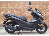 Honda PCX 125 AS NEW, PRE REG, ONLY 2 MILES