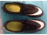 Nike hypervenom men's size 12 football boots