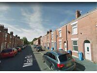 Main Road - 2 beroom house for rent in Oldham OL9