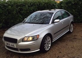 Volvo S40 Sport . 2 Litre Diesel.12 Months MOT.Excellent condition throughout.Well maintained.