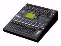 Digital desk Yamaha 01V96i - reduce