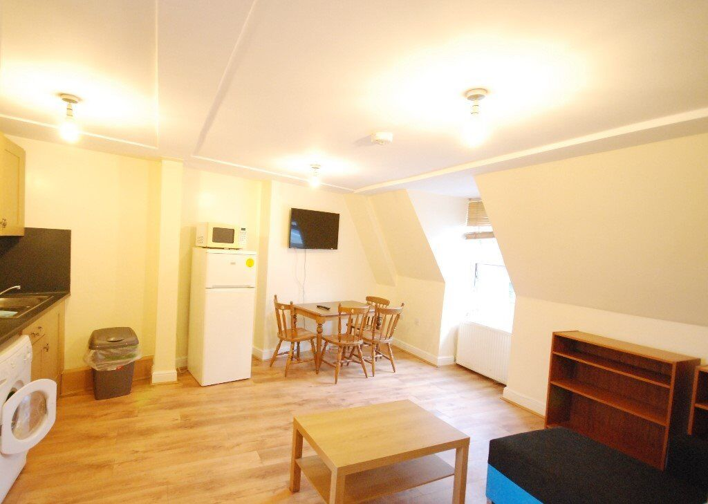 BILLS INCLUDED - ONE BED FLAT - DRUMMOND STREET - EUSTON