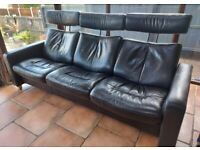 SUPERB STRESSLESS 3 SEATER RECLINER SOFA BLACK LEATHER