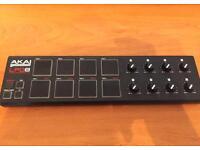 Akai LPD8 USB Midi Controller