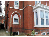 2 double bedroom flat located in St Davids Road, Southsea, PO5 available 1st September