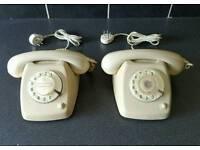 2x Vintage PTT Telephones