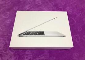 MacBook Pro 13'3inch Silver Colour 2018