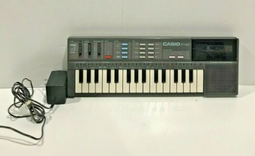 Vintage Casio PT-87 Electronic Keyboard Synthesizer & Cord Made in Japan Works
