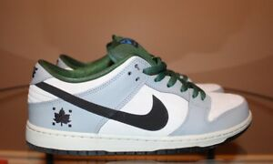 Nike Dunk 'Maple Leaf' Lows size 11.5