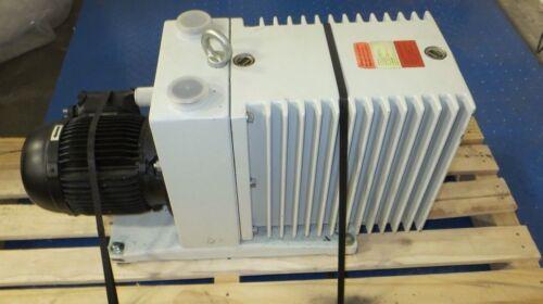 Pfeiffer Balzers DUO 060A Vacuum Pump + AEG AM90LYQ4 Motor (220/380VAC, 3-Phase)