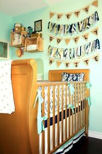 Convertible crib/ toddler day bed
