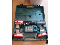 18v Makita combi drill + 3 batteries