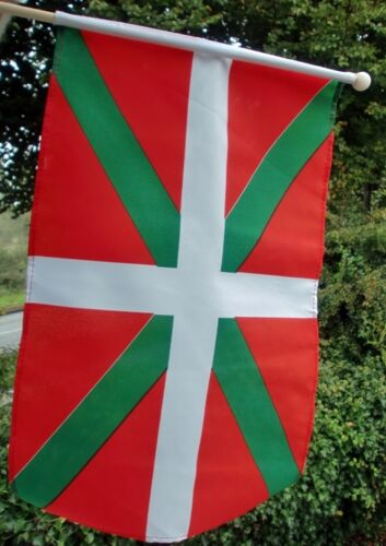 "BASQUE LARGE HANDWAVING FLAG 18"" X 12"" with 24"" wooden pole flags SPAIN FRANCE"
