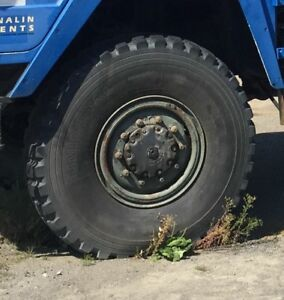 10x20 2 piece military rims with 14.00r20 tires