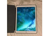 IPad Pro 12.9 wifi 128gb. Brand new. Used once