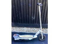 RAZOR ELECTRIC SCOOTER ( Without charger)