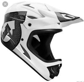 SixSixOne black/white Bike/BMX Comp helmet