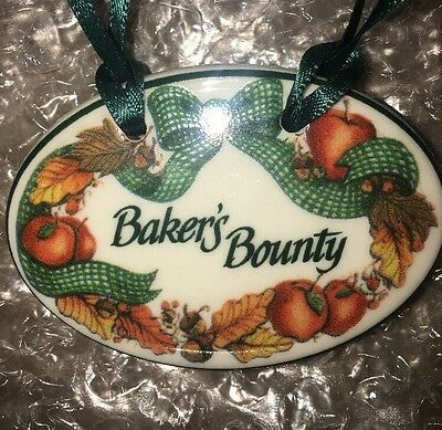 Longaberger Baker's Bounty Tie-On 1998 Longaberger Pottery U.S.A. New in Box