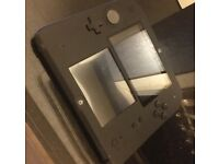 NINTENDO 2DS WITH SUPER MARIO BROS.2 -