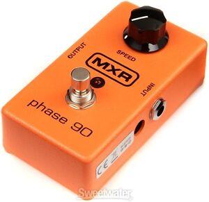 Guitar pedales BOSS Electro Harmonix MXR Ibanez Danelectro Rowin